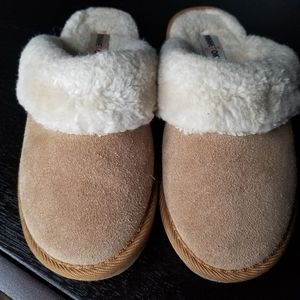 Kids Minnetonka Cinnamon Slip On Slippers